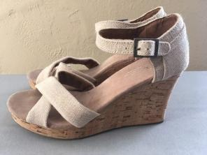 10f1bc008835 Shop New and Pre-owned TOMS Ankle Strap Sandals