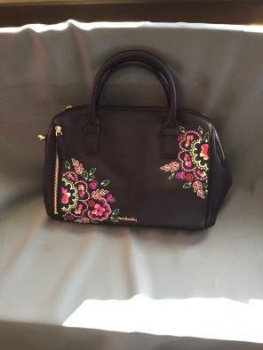 7f7a9e3864 Shop New and Pre-owned Vera Bradley Double Handle Handbags