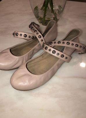 37e127a2bcc Shop New and Pre-owned Steve Madden Ballet Flats