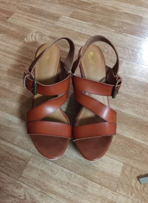e3dd3e97edaa Shop New and Pre-owned Mossimo Supply Co. Wedge Sandals