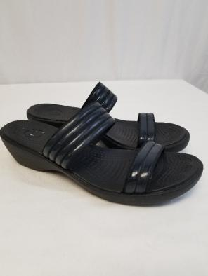 a6735fa1f10e Shop New and Pre-owned Crocs Wedge Sandals