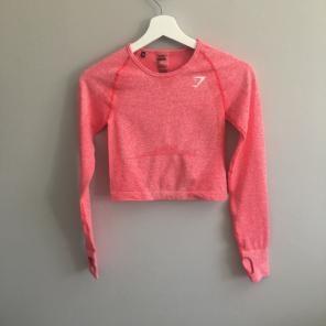 e5c5e37b3ede4 Shop New and Pre-owned Raglan Sleeve Active Shirts   Tops