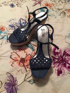 4be54b9538 Shop New and Pre-owned American Eagle Platform Wedge Shoes