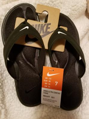 1b09909637e3 Shop New and Pre-owned Nike Comfort Sandals