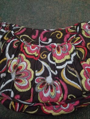 bf3d907986 Shop New and Pre-owned Vera Bradley Saddle Handbags