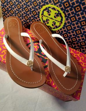 66213d8532cc Shop New and Pre-owned Tory Burch Thong Sandals