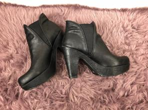 607925366eeb Shop New and Pre-owned Blowfish Platform Shoes