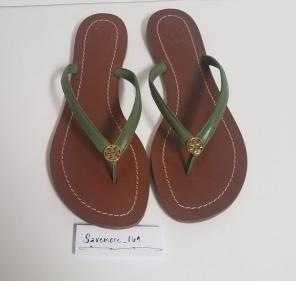 111ac79e949 Shop New and Pre-owned Tory Burch Thong Sandals