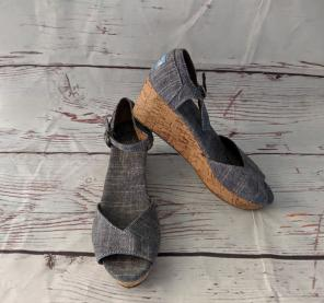 77751ed35a7 Shop New and Pre-owned TOMS Ankle Strap Sandals