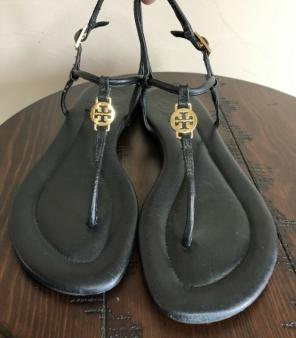 f25a8423a75d Shop New and Pre-owned Tory Burch Leather Sandals