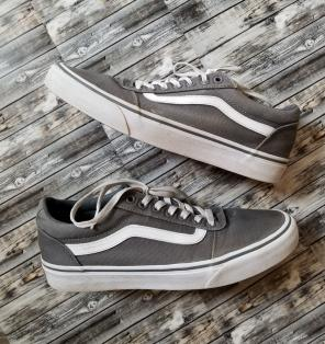 ac9277e3e7 Shop New and Pre-owned VANS Canvas Upper Shoes for Men