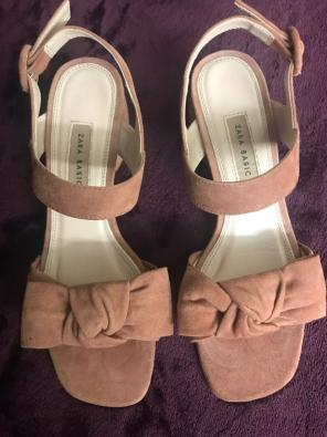 033ad18d159 Shop New and Pre-owned ZARA Suede Sandals