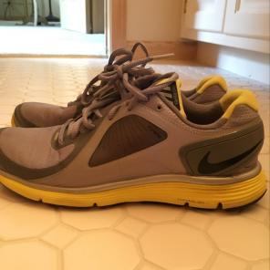 81f0fe25e9e1 Shop New and Pre-owned Nike Water Athletic Shoes