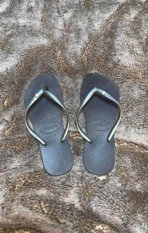 177624685 Shop New and Pre-owned Havaianas Rhinestone Shoes