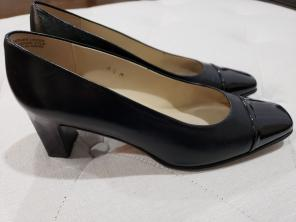 a46f990b42b Shop New and Pre-owned Etienne Aigner Leather Upper Shoes