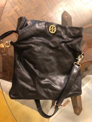 b7795e40ec9b Shop New and Pre-owned Tory Burch Adjustable Shoulder Shoulder Bags ...
