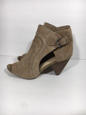 cc6cbcef45e Shop New and Pre-owned Vince Camuto Peep Toe Boots