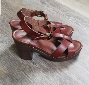 3ec8c573a Shop New and Pre-owned American Eagle Leather Sandals