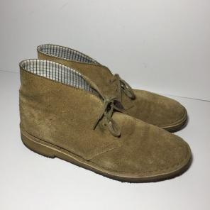 e5e4f3feb805 Shop New and Pre-owned Clarks Desert Boots for Men