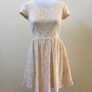 77ada7c2a08 Shop New and Pre-owned FOREVER 21 Floral Lace Dresses