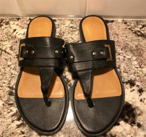 ab2fba747aceb Shop New and Pre-owned Calvin Klein Leather Sandals